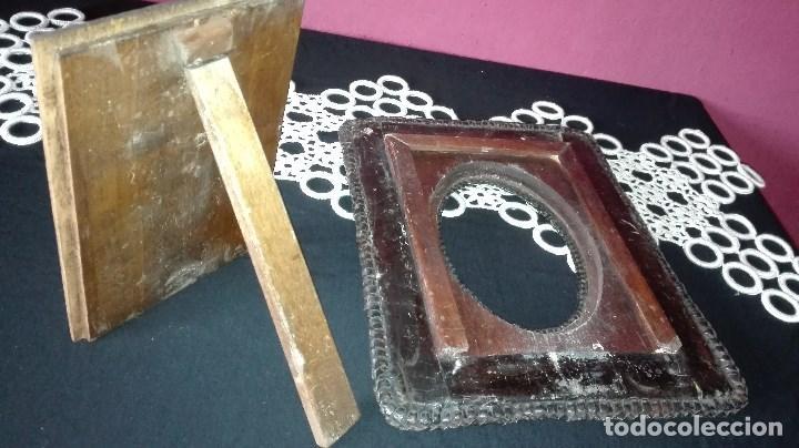 Antigüedades: ANTIGUO MARCO DE FOTO EN PIEL REPUJADA - Foto 13 - 110634139