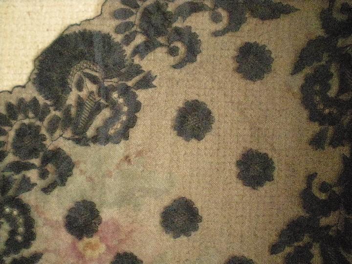 Antigüedades: Velo o Mantilla antigua de encaje de misa de en triángulo de 1,18 por 55 - Foto 5 - 110303271
