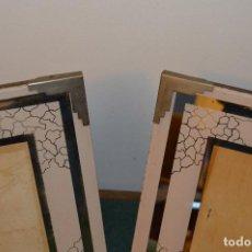 Antigüedades: ANTIGUA PAREJA DE PORTA FOTOS, CRISTAL PINTADO, 30,5 X 25,5 CM. AÑOS 30.. Lote 110662143