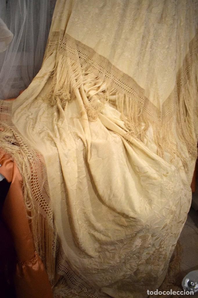 Antigüedades: Increíble mantón de manila de ocho puntas 163 x 323 cm Pieza excepcional S. XIX - Foto 2 - 110685691