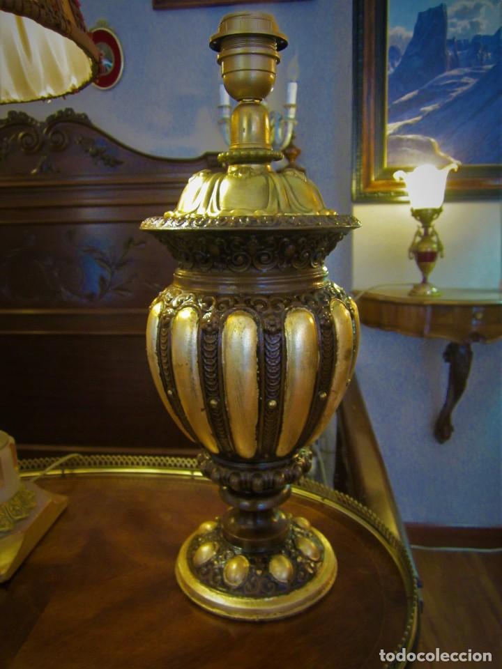 Antigüedades: SOBERBIO PIE DE LAMPARA - Foto 3 - 110705135