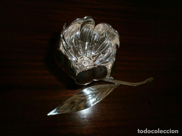 Antigüedades: Flor en alpaca plateada años 50 - 60 . - Foto 4 - 110719211