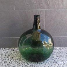 Antigüedades: ANTIGUA GARRAFA DAMAJUANA OVALADA VIDRERIA ESPAÑOLA - BARCELONA.16 LITROS.. Lote 110759803