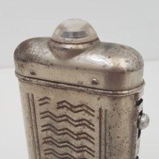 Antigüedades: ANTIGUA LINTERNA DE PETACA. Lote 110793142