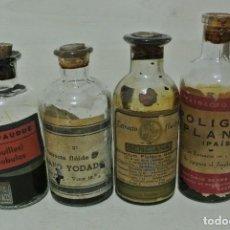 Antigüedades: CUATRO BOTELLAS DE FARMACIA. Lote 110825571