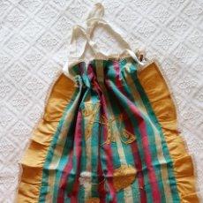 Antigüedades: BOLSA DE PAN BORDADA CON PATCHWORK. Lote 113257147