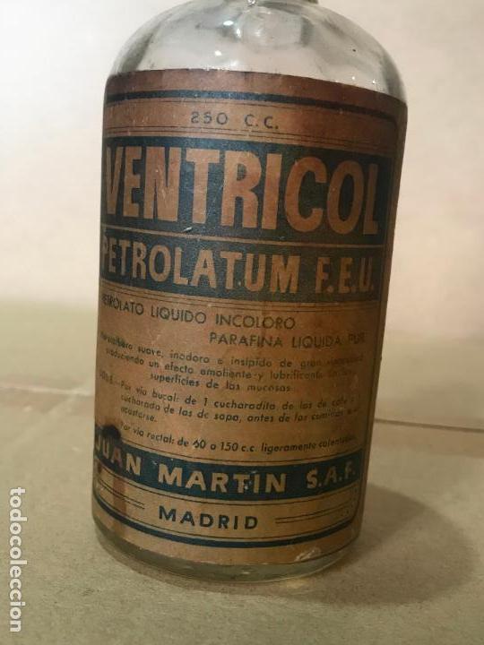 Antigüedades: Medicamento farmacia en frasco de cristal y corcho - Ventricol - Juan Marti S.A.F. - Foto 2 - 110838875