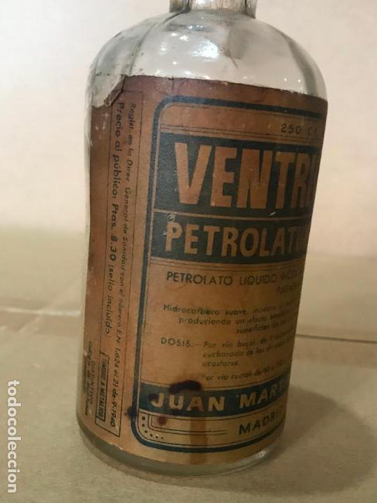 Antigüedades: Medicamento farmacia en frasco de cristal y corcho - Ventricol - Juan Marti S.A.F. - Foto 3 - 110838875