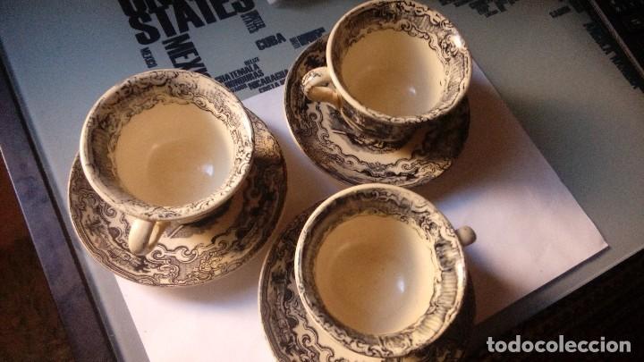 Antigüedades: antiguo juego de tres tasas de cafe y sus platos pickman la cartuja sevilla, - Foto 3 - 230722780