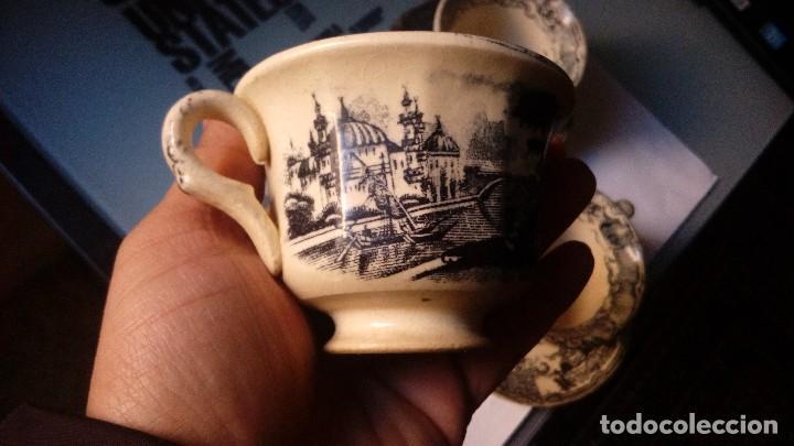 Antigüedades: antiguo juego de tres tasas de cafe y sus platos pickman la cartuja sevilla, - Foto 4 - 230722780