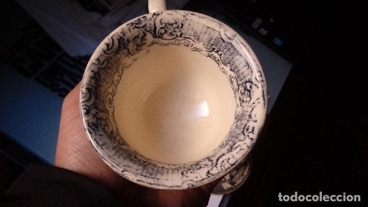 Antigüedades: antiguo juego de tres tasas de cafe y sus platos pickman la cartuja sevilla, - Foto 6 - 230722780