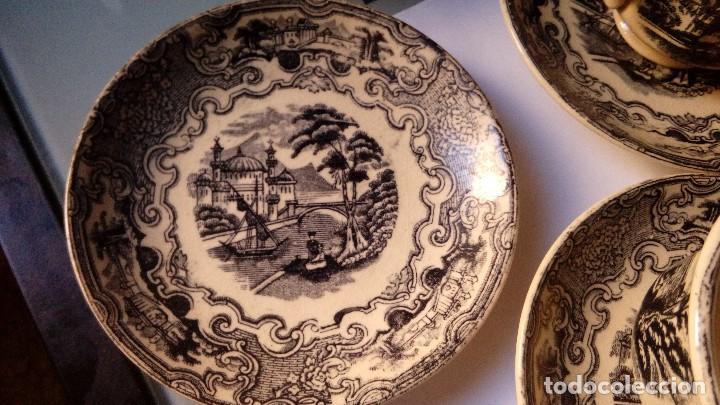 Antigüedades: antiguo juego de tres tasas de cafe y sus platos pickman la cartuja sevilla, - Foto 8 - 230722780