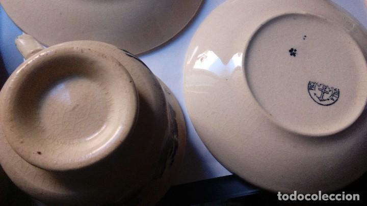 Antigüedades: antiguo juego de tres tasas de cafe y sus platos pickman la cartuja sevilla, - Foto 11 - 230722780