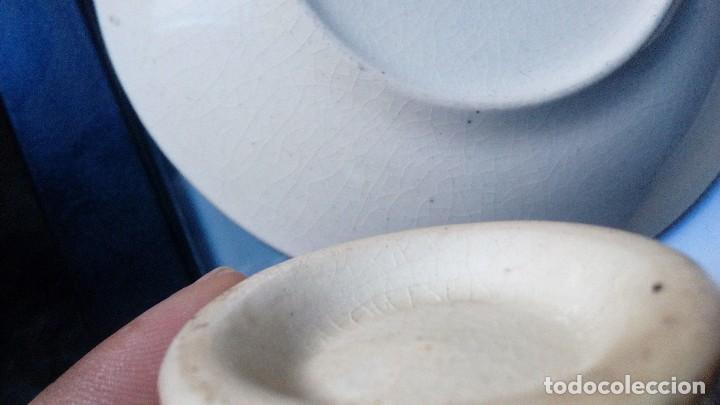 Antigüedades: antiguo juego de tres tasas de cafe y sus platos pickman la cartuja sevilla, - Foto 15 - 230722780