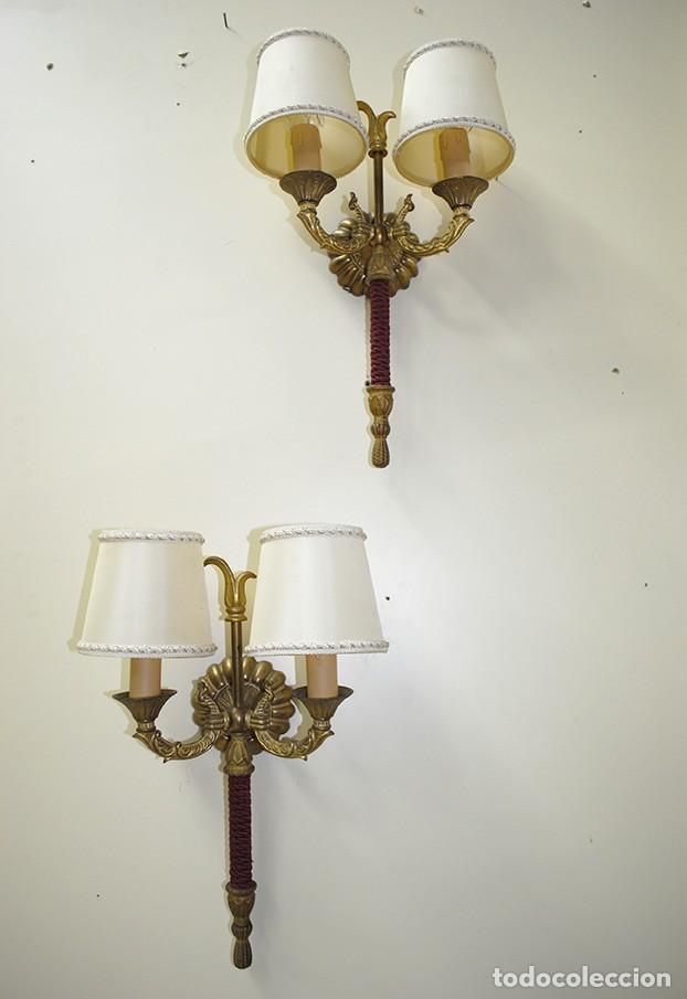 Pareja de apliques antiguos de pared bronce dor comprar for Apliques de bronce para muebles