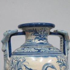 Antigüedades: GRAN JARRON DE RUIZ DE LUNA. TALAVERA. Lote 110889535