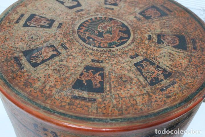 Antigüedades: Gran caja de Papel Maché siglo XIX. - Foto 15 - 110910315