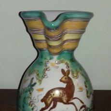 Antigüedades: JARRA ANTIGUA TALAVERA PINTADA A MANO. Lote 110935655