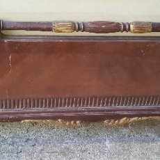 Antigüedades: CAMA DORADA DE CAOBA , FRONTAL PARA RESTAURAR. Lote 110989099