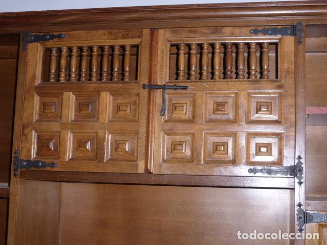 Antigüedades: ANTIGUO MUEBLE APARADOR DE MADERA CASTELLANA - Foto 2 - 111032179