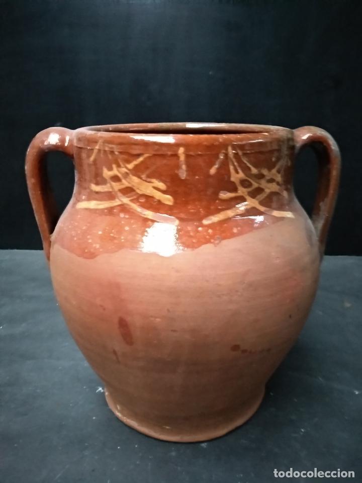OLLA DE BARRO COCIDO Y VIDRIADO, ANTIGUA. POSIBLEMENTE ZONA JAEN (Antigüedades - Porcelanas y Cerámicas - Otras)