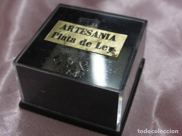 Antigüedades: ANTIGUO PRECIOSO PIN BROCHE-FLOR FILIGRANA PLATA DE LEY PARA OJAL O SOLAPA-ORIGINAL MEDIADOS S. XX - Foto 5 - 111055711