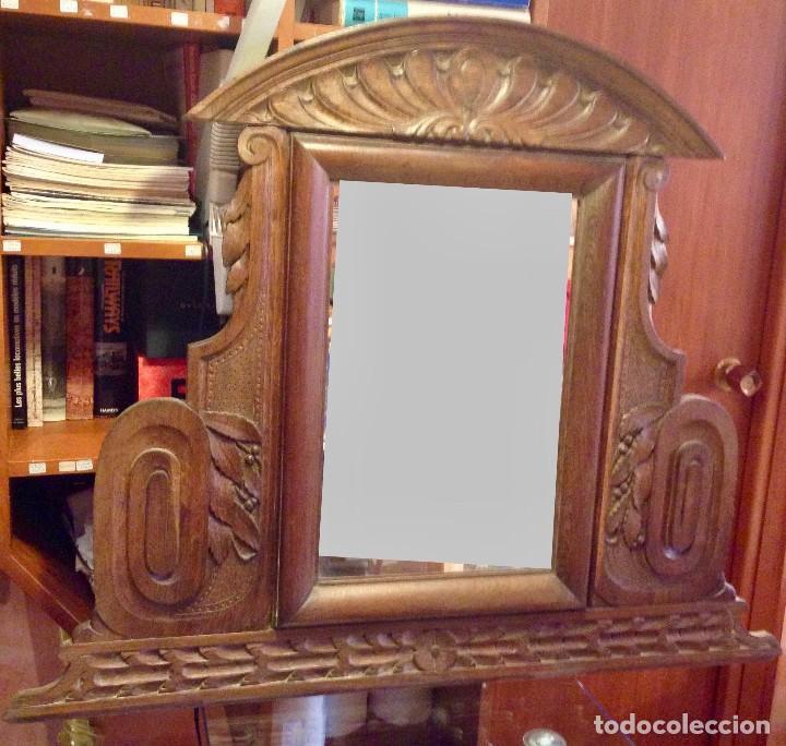 ESPEJO MADERA TALLADA ESTILO RÚSTICO MOTIVOS VEGETALES COPETE LABRADO (Antigüedades - Muebles Antiguos - Espejos Antiguos)