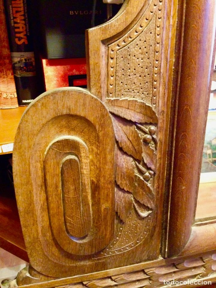 Antigüedades: Espejo madera tallada estilo rústico motivos vegetales Copete labrado - Foto 3 - 111066767