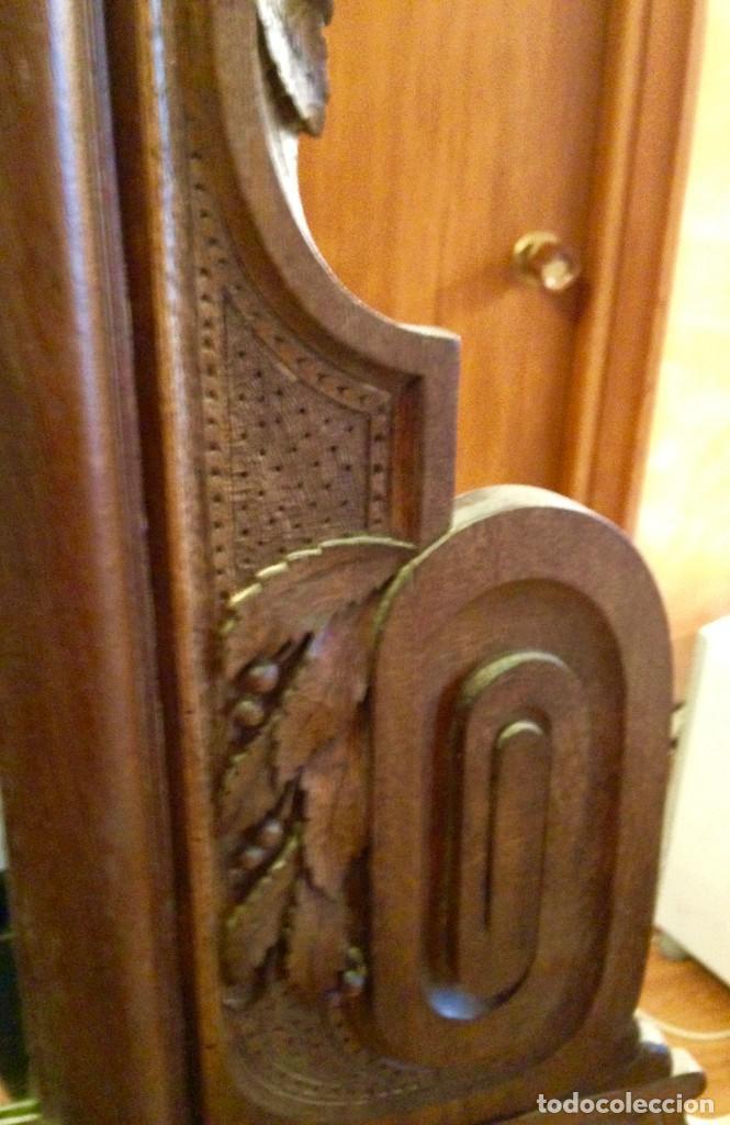 Antigüedades: Espejo madera tallada estilo rústico motivos vegetales Copete labrado - Foto 5 - 111066767