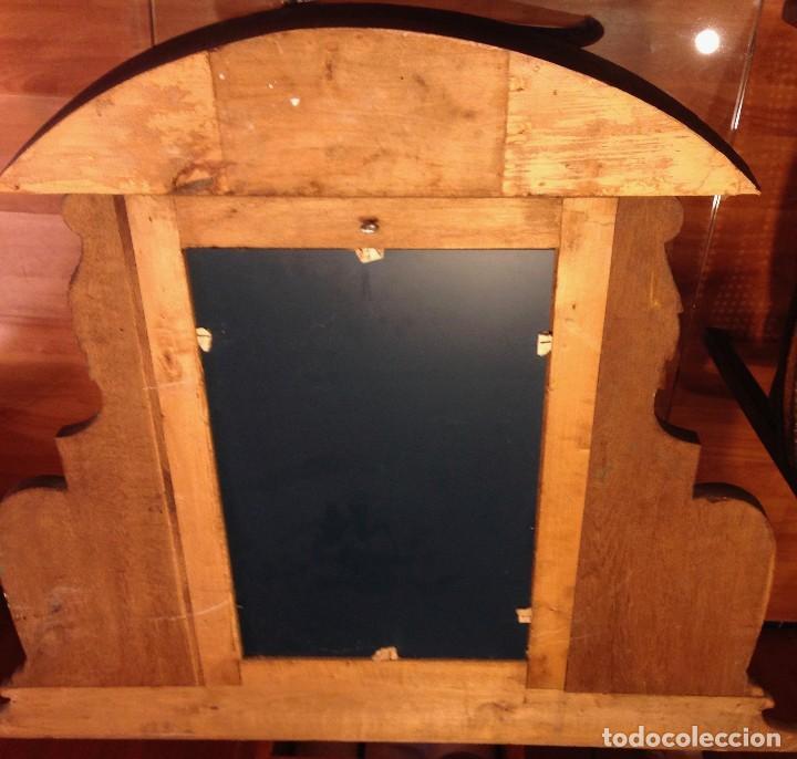 Antigüedades: Espejo madera tallada estilo rústico motivos vegetales Copete labrado - Foto 6 - 111066767