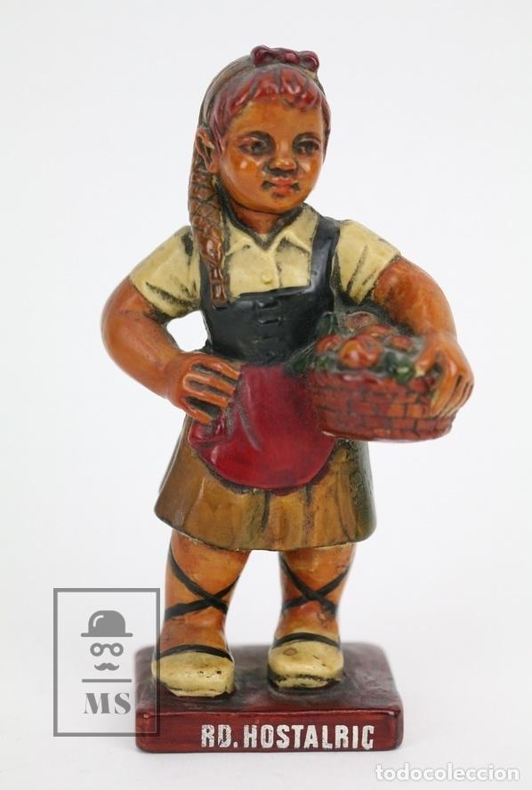 Antigüedades: Escultura de Resina Policromada - Niña Catalana Con Fruta - RD. Hostalrich/Hostalric - Foto 2 - 111083075