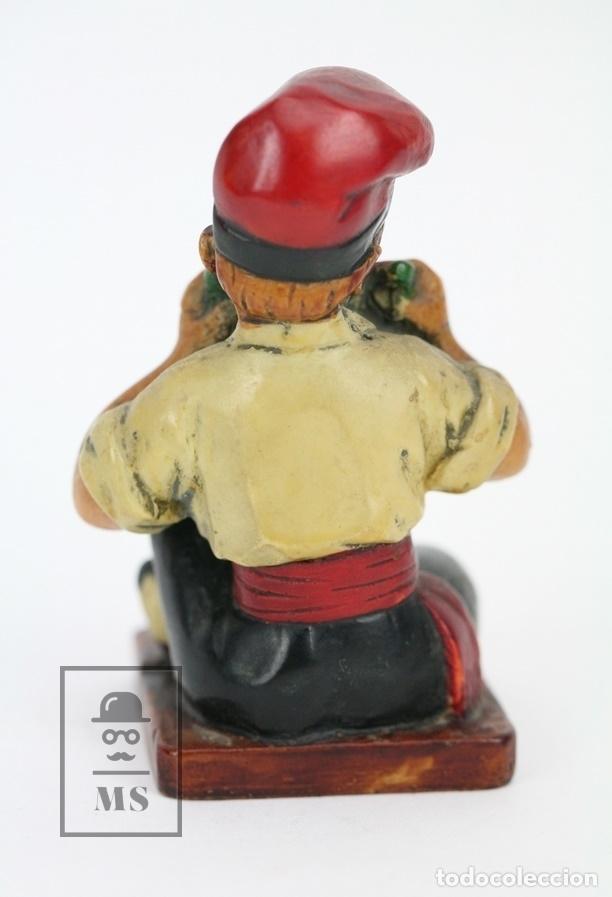 Antigüedades: Escultura de Resina Policromada - Niño Catalán Comiendo Sandia - RD. Hostalrich/Hostalric - Foto 3 - 111083127