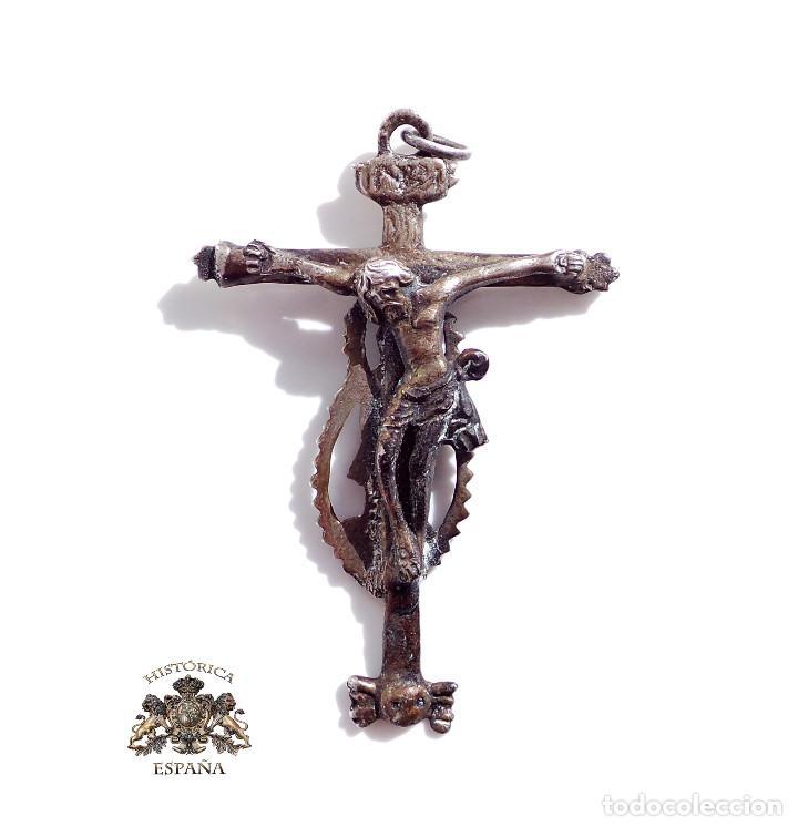 CRUCIFIJO BARROCO SIGLO XVII . CON FECHA 1647 - CRISTO PARTE DELANTERA VIRGEN PARTE TRASERA -6,5X4,5 (Antigüedades - Religiosas - Crucifijos Antiguos)