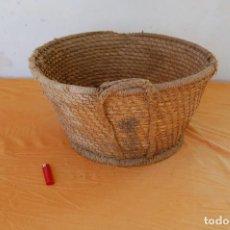 Antigüedades: CESTO DE MIMBRE. Lote 111159843