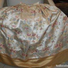 Antigüedades: PRECIOSA FALDA ANTIGUA DE INDUMENTARIA VALENCIANA PARA NIÑA. Lote 111173559