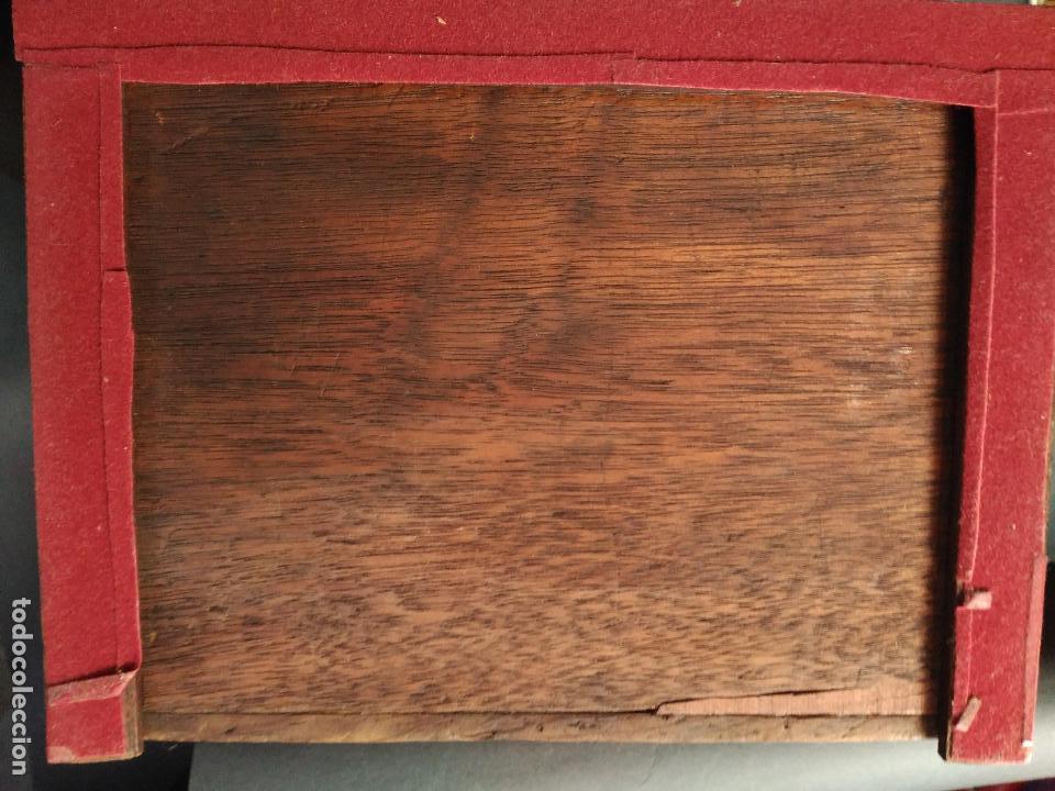 Antigüedades: PEQUEÑA COMODA SIGLO XIX JOYERO COSTURERO MADERA NOBLE TRES CAJONES PEQUEÑAS DIMENSIONES 24X18X18cm - Foto 6 - 216973318