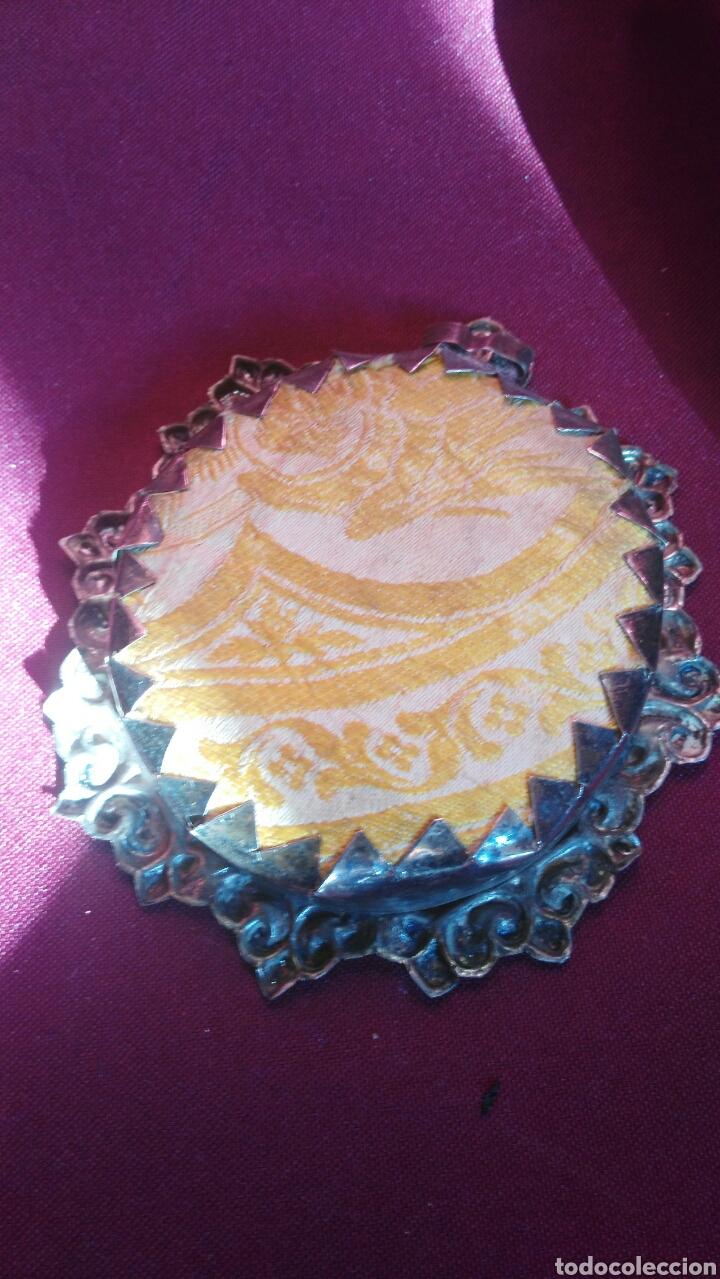 Antigüedades: Relicario de plata de la Macarena - Foto 2 - 111320710