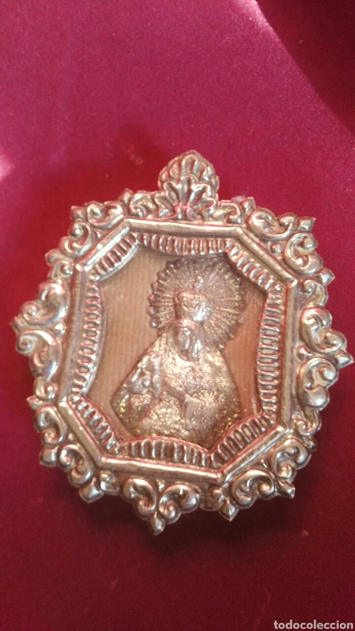 Antigüedades: Relicario de plata de la Macarena - Foto 3 - 111320710