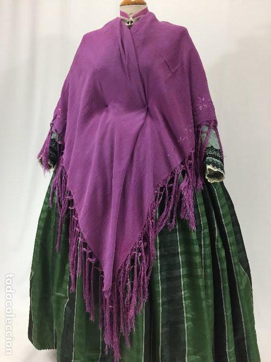 Antigüedades: Antiguo Mantón de seda bordado - Foto 5 - 111340523