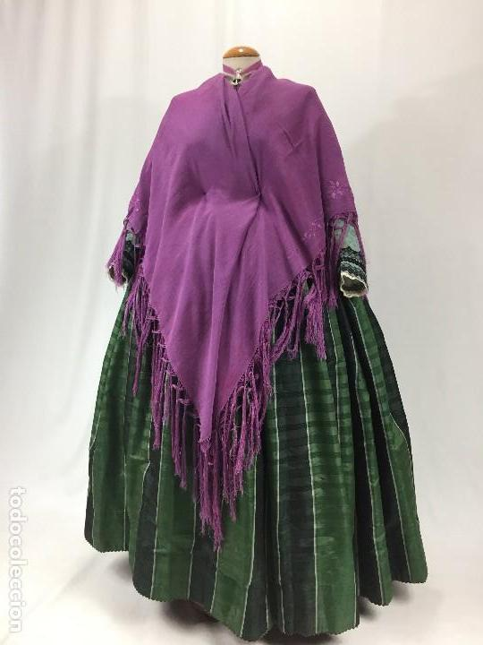 Antigüedades: Antiguo Mantón de seda bordado - Foto 6 - 111340523