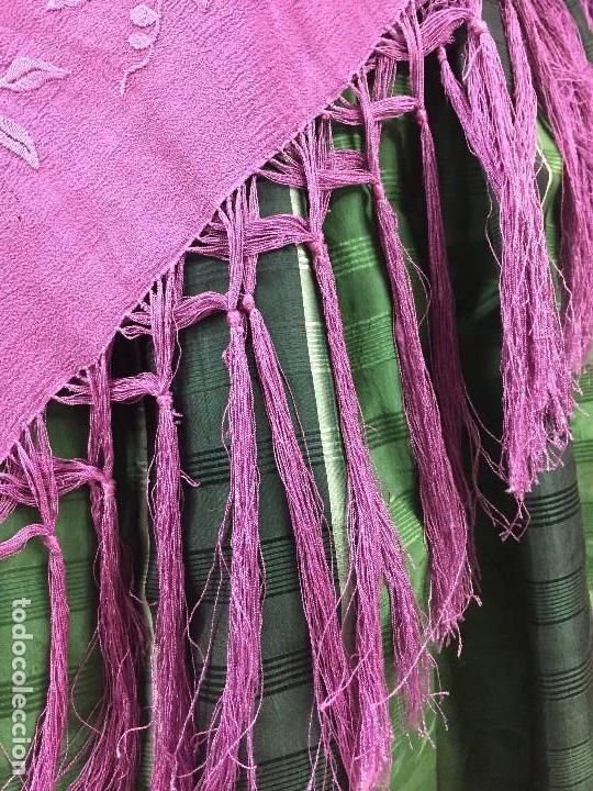 Antigüedades: Antiguo Mantón de seda bordado - Foto 7 - 111340523
