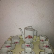 Antigüedades: ORIGINAL JUEGO DE CAFE FORMAS CUADRADAS Y RECTANGULAR. Lote 111342108