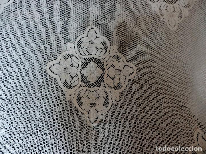 Antigüedades: T4 Gran cuadrante de encaje de bolillo manual antiguo. Para mesa, cama....paneles. - Foto 3 - 111342895