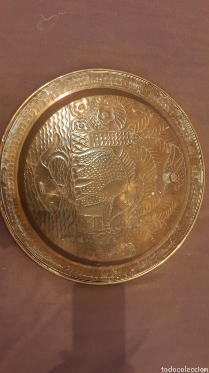 Antigüedades: Bandeja decorada de la india - Foto 3 - 111298188