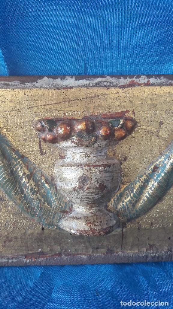 Antigüedades: Adorno de sagrario tallado siglo XVI - Foto 3 - 111378555