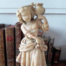 Antiques - Escultura de niña en alabastro del siglo XIX - 111450335