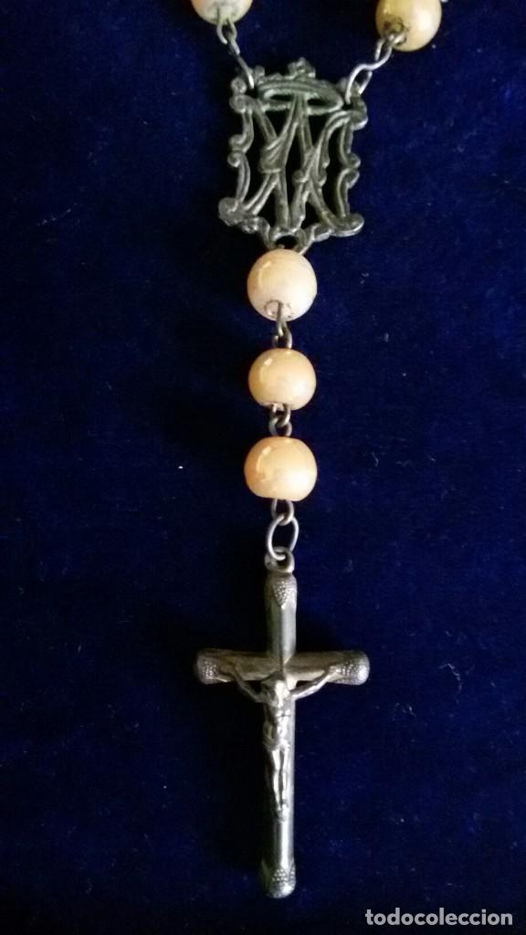 Antigüedades: Antiguo rosario plata y con cuentas marrones principio siglo XX - Foto 2 - 111508023