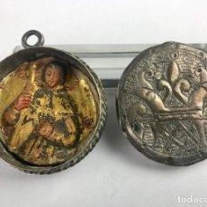 Antigüedades: MAGNÍFICO RELICARIO DEVOCIONARIO EN PLATA CON RELIEVE ESTOFADO BARROCO S.G.XVII. Lote 111518075