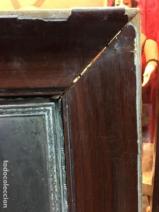 Antigüedades: ANTIGUO PLAFON DE METAL SAGRADO CORAZON DE JESUS - MEDIDA MARCO 65X53 CM - RELIGIOSO - Foto 4 - 111527303