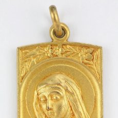 Antigüedades: ANTIGUA MEDALLA RELIGIOSA DORADA - STA. CATALINA THOMAS. CANONIZADA EL AÑO SANTO 1930, MALLORCA. Lote 111590223